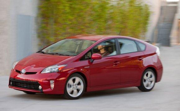 2015 Toyota Prius Road Test