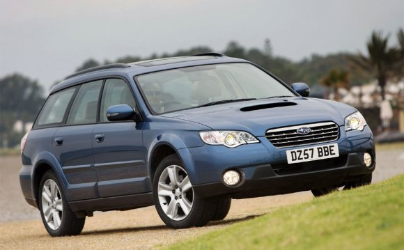 2013 Subaru Outback Car