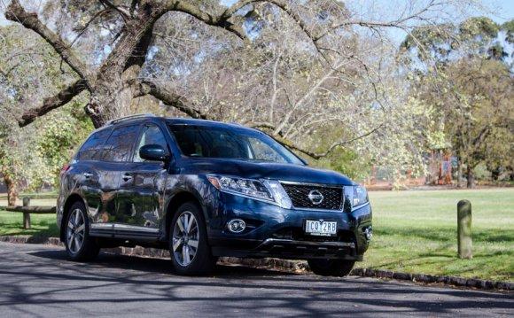 Nissan Pathfinder Hybrid Ti