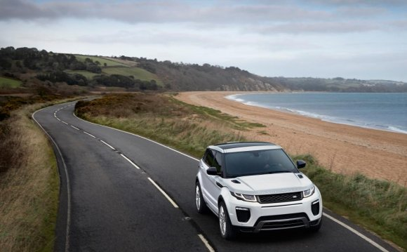 Range Rover Evoque off road test